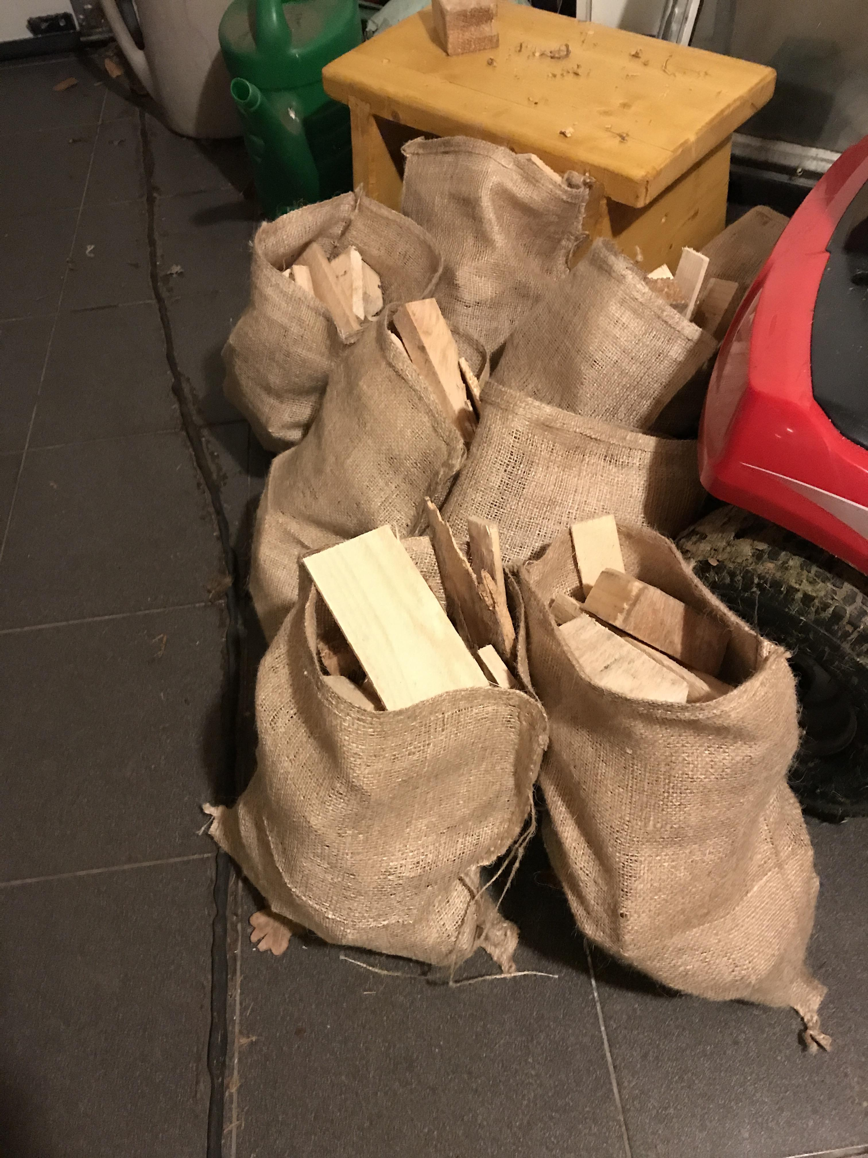 Jute zakken met sluitkoord 30 x 40 cm (per stuk) gebruik: Jute zakken met sluitkoord 30 x 40 cm (per stuk)