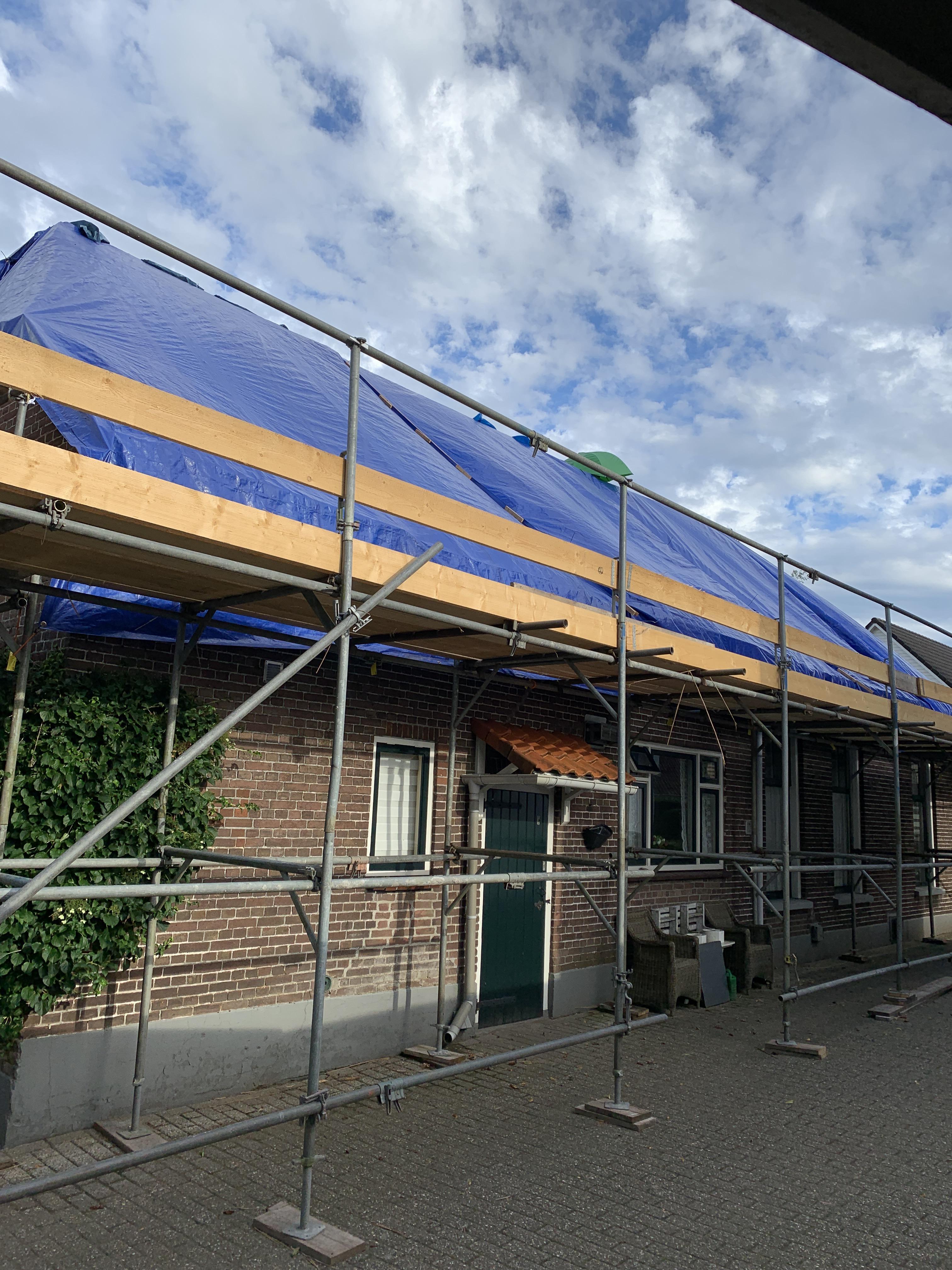 Afdekzeil blauw zwaar (250gr/m²) gebruik: Afdekzeil blauw zwaar (250gr/m²)